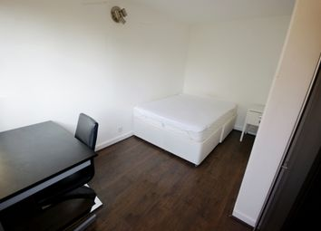 Thumbnail Room to rent in Crayford Road, London