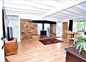 3 bed cottage for sale in Hampden Lane, Ashford TN23