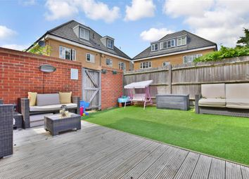 3 bed town house for sale in Roman Way, Boughton Monchelsea, Maidstone, Kent ME17