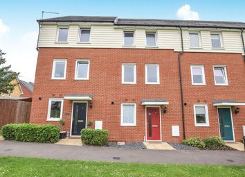 Thumbnail 3 bed town house for sale in Bowhill Way, Harlow