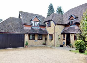 Thumbnail 5 bed detached house to rent in Winchester Grove, Sevenoaks