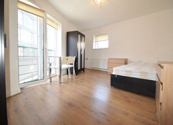 Thumbnail Room to rent in Brockwell Court, London Road