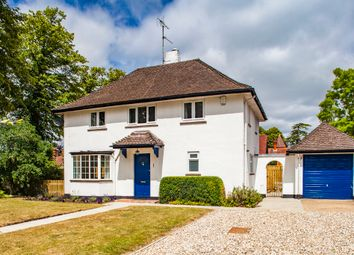 Thumbnail 3 bed detached house to rent in 1 Holmlea Road, Goring On Thames