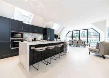 Thumbnail 7 bed terraced house for sale in Quarrendon Street, London