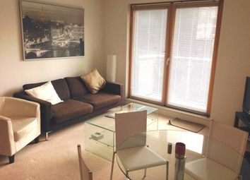 Thumbnail 1 bed flat to rent in Balfour Rd, Highbury East, London