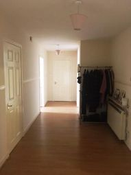 2 bed flat to rent in Seagate, Dundee DD1