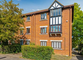 Thumbnail 2 bed flat to rent in Tawny Close, Feltham