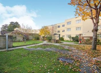 2 bed flat to rent in Knightstone Place, Hencliffe Way, Hanham, Bristol BS15