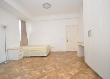 Room to rent in Warwick Road, Ealing W5