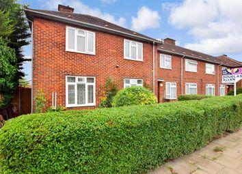 Huntsman Road, Ilford, Essex IG6. 2 bed flat