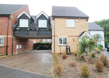 Thumbnail 3 bedroom detached house for sale in Retreat Way, Chigwell