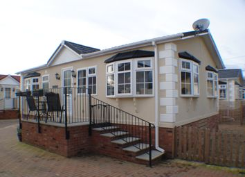 Thumbnail 2 bedroom mobile/park home for sale in Iford Park, Bournemouth