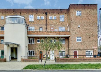 Thumbnail Maisonette for sale in Frensham Drive, Kingston Vale, London