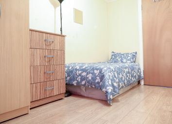 Thumbnail 5 bed shared accommodation to rent in Sandalwood Close, London