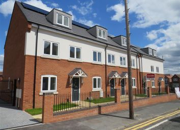 Hobs Road, Wednesbury WS10. 3 bed town house for sale