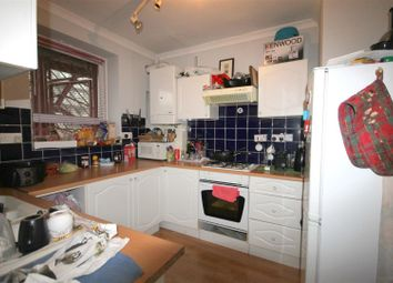 Thumbnail 2 bed flat to rent in Wallwood Street, London