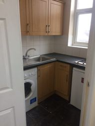 1 bed flat to rent in High Street, Ilford IG3