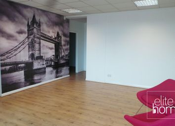 Thumbnail Serviced office to let in New Road, Chingford
