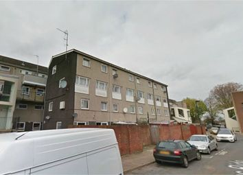 Thumbnail 3 bedroom flat for sale in Hadrians Ride, Enfield, Greater London