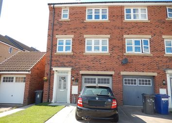 Thumbnail 4 bed town house for sale in Pilgrims Way, Gainsborough
