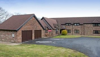 Thumbnail 5 bed property for sale in Beidr Non, Llannon, Llanelli