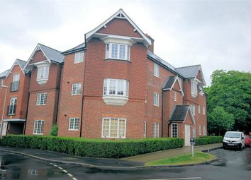 Thumbnail 1 bed flat to rent in Scarlett Avenue, Wendover, Bucks