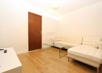 Thumbnail 3 bed flat to rent in Victoria House, Maple Quays, Canada Water, London