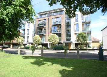 Thumbnail 2 bed flat for sale in Queens Road, Hersham, Walton-On-Thames