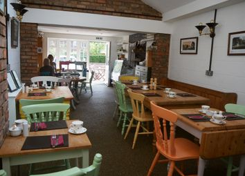 Thumbnail Restaurant/cafe for sale in Cafe & Sandwich Bars YO19, Riccall, North Yorkshire