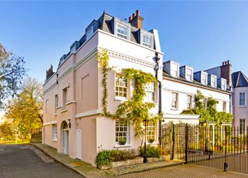 4 bed end terrace house for sale in Varsity Row, Thames Bank, London SW14