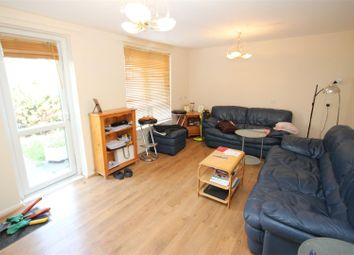 Thumbnail 1 bed flat to rent in Wallwood Street, Limehouse, London