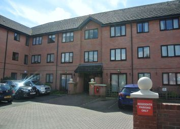 Thumbnail 2 bed flat for sale in Henry Street, Gloucester