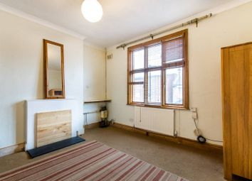 Thumbnail 3 bed maisonette for sale in Cornwall Road, Harringay