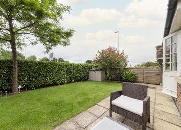 Thumbnail Flat for sale in Kings Court, Roughdown Road, Hemel Hempstead