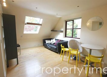 Thumbnail 3 bedroom flat to rent in Archway Road, Highgate, London