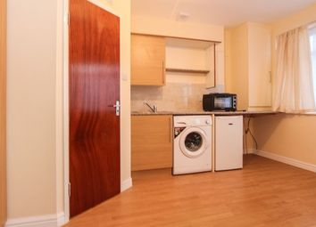 Thumbnail Studio to rent in Nightingale Road, London