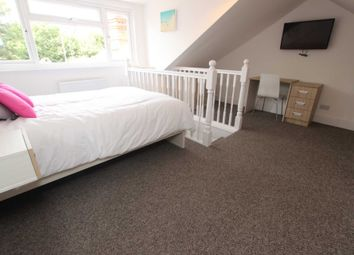 Thumbnail Room to rent in Priory Avenue, Caversham, Reading