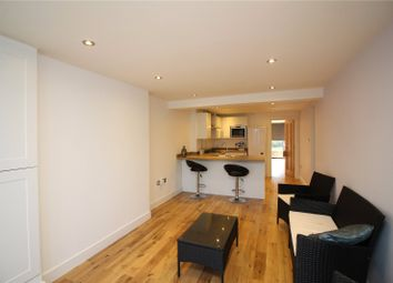 Thumbnail 2 bedroom flat to rent in Queens Avenue, Finchley, London