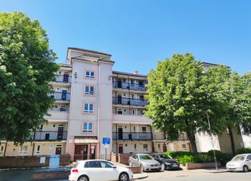 3 bed flat for sale in Burgess Street, London E14