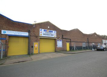 Thumbnail Industrial to let in Luton, Chatham