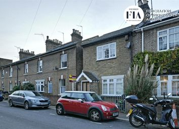 3 bed end terrace house to rent in Enfield Road, Brentford TW8