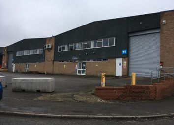 Thumbnail Light industrial to let in Unit 11/12 Stadium Industrial Estate, Luton, Bedfordshire