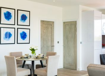 Thumbnail 1 bed flat for sale in Bath Road, Slough