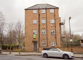 Thumbnail 1 bedroom flat to rent in Leighton Crescent, London