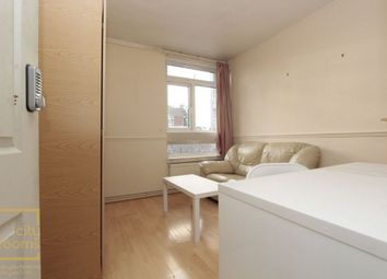 Thumbnail Room to rent in James Brine House, Ravenscroft Street, Hoxton