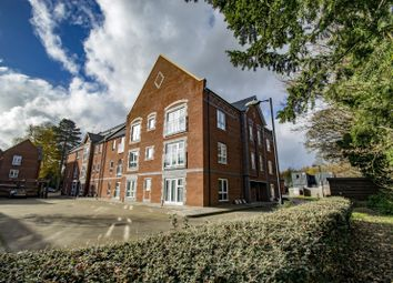 Thumbnail 2 bed flat for sale in Woodward, Cholsey