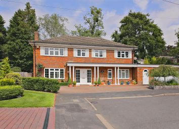 Thumbnail 4 bed property for sale in Lamorna Close, Radlett