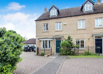 Thumbnail 4 bed town house for sale in Kingfisher Close, Little Paxton, St. Neots