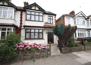 Thumbnail 4 bed shared accommodation to rent in Monastery Gardens, Enfield, Middlesex