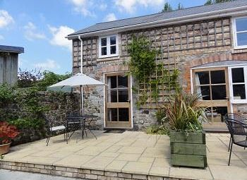 Thumbnail 1 bedroom end terrace house to rent in Bovey Tracey, Newton Abbot